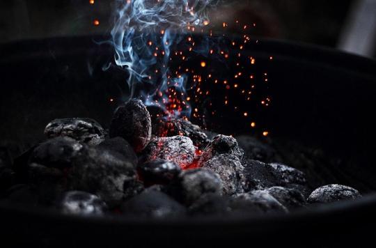 La cuisine au fuel et au charbon accroît le risque de mortalité totale