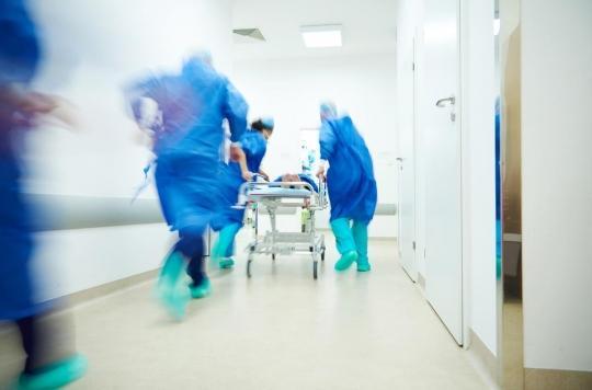 Urgences : des soignants de Lariboisière en arrêt maladie pour dénoncer leurs conditions de travail