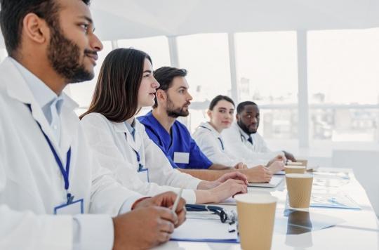 Les internes en médecine passent trop de temps à l'hôpital