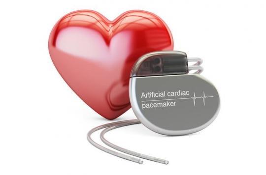 Rennes: des microstimulateurs implantables sans fil pour sauver le coeur d'un octogénaire. VIDEO