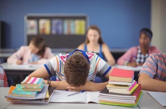 Syndrome de fatigue chronique : une maladie méconnue et mal soignée dont souffrent aussi les adolescents