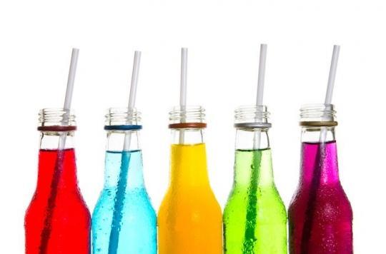 Soda : les boissons sucrées augmentent aussi le risque de décès