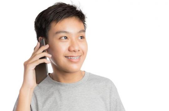 Comment les ondes des téléphones portables affectent-elles la mémoire des ados ?