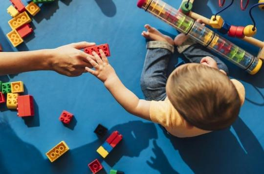 La crèche influence le développement comportemental et émotionnel des enfants