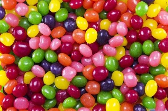 Alimentation : le gouvernement veut interdire les bonbons et les plats préparés à base de dioxyde de titane