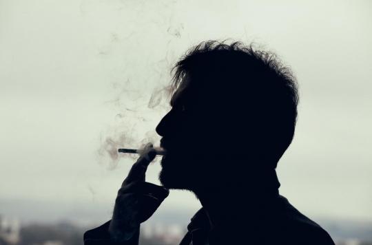 Tabac : comment les fumeurs deviennent-ils accros à une substance qui, instinctivement, les dégoûtait ?