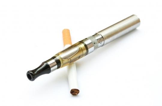Pour l'Académie de médecine, les fumeurs \