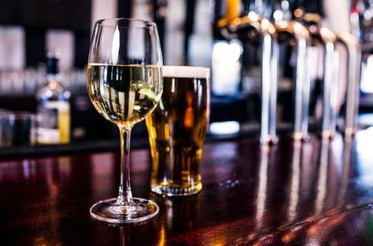 Alcool et tabac : une réduction moyenne de leur consommation diminuerait considérablement la mortalité par cancer