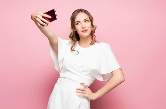 Réseaux sociaux : avons-nous tendance à centrer nos selfies sur le même oeil ?