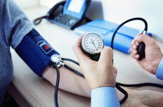 Hypertension : contrôler seul sa tension artérielle permet de mieux la faire baisser