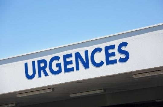 Crise des urgences : un homme décède sur le parking d'une clinique
