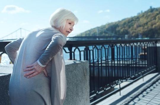 Canal lombaire étroit : le traitement médical soulage la douleur et améliore la marche