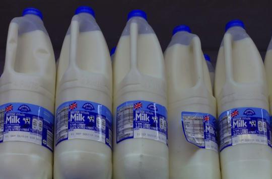 Pesticides : une étude associe lait contaminé et maladie de Parkinson