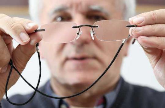 Lunettes et lentilles en ligne : les conditions se durcissent