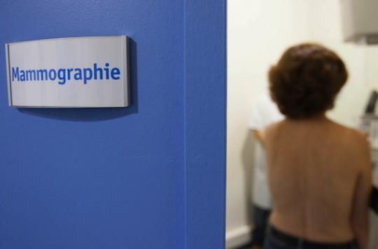 Cancer du sein : le dépistage organisé à partir de 50 ans est pertinent