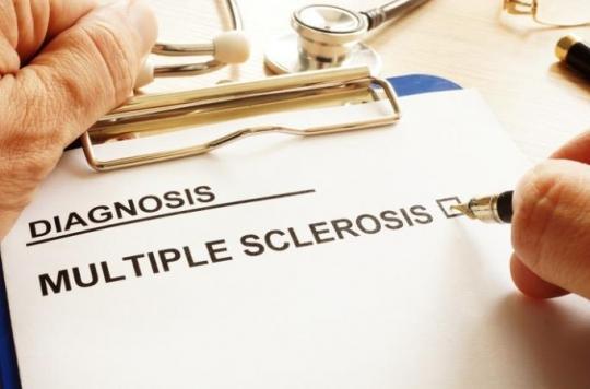 Sclérose en plaques : un nouveau traitement permet de ralentir l'évolution des formes progressives
