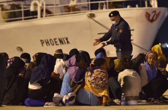 Migrants : \