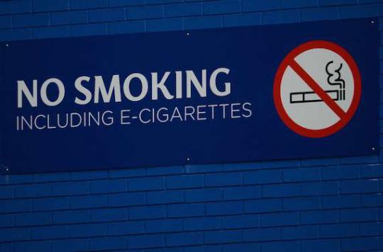 E-cigarette : plus sûre que le tabac pour une majorité de jeunes