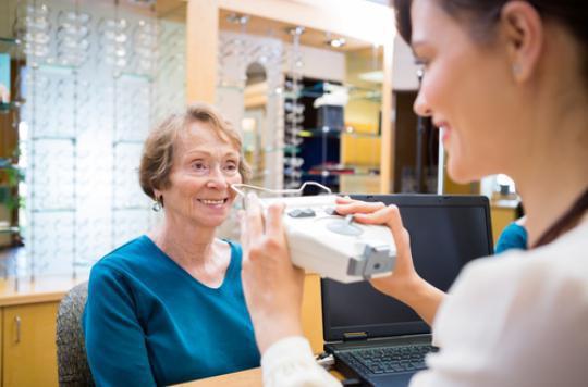 Opticiens : la délivrance des lunettes et lentilles s'assouplit