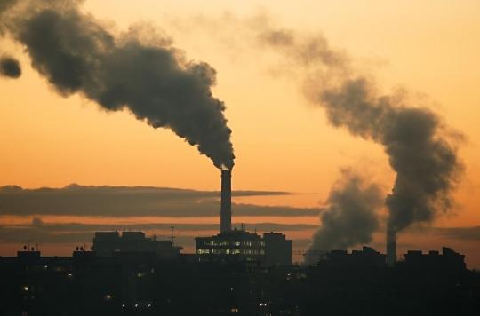 La pollution de l'air serait responsable de 18% les décès liés à la Covid-19 en France