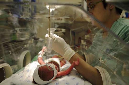 Prématurité : plus d'oxygène peut améliorer la survie des bébés