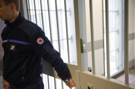 Santé mentale : les détenus victimes de la double peine