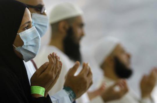 Coronavirus : flambée de cas à la veille du pèlerinage de La Mecque