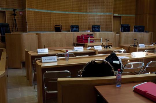 Parents accusés à tort : Louna reste placée, mais à leur domicile