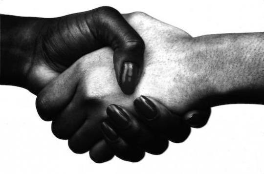 TousUnisContrelaHaine : la campagne qui suscite des réactions de haine