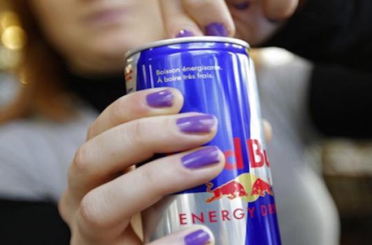 Une mère de famille accro au Red Bull perd la vue
