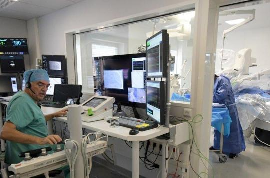 Angioplastie coronaire: les bénéfices de la chirurgie robotisée