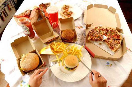 OMS : trop d'aliments contribue à l'obésité dans le monde