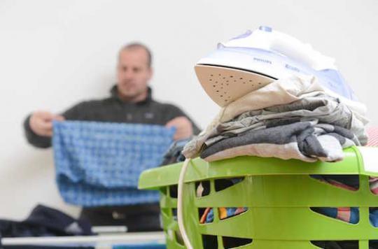 Tâches ménagères : les hommes toujours à la traîne