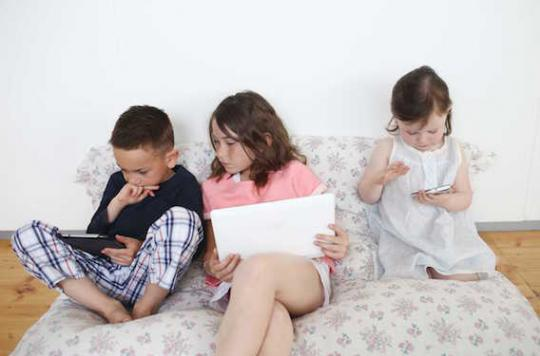 Ecrans : des médecins fixent des limites pour les enfants