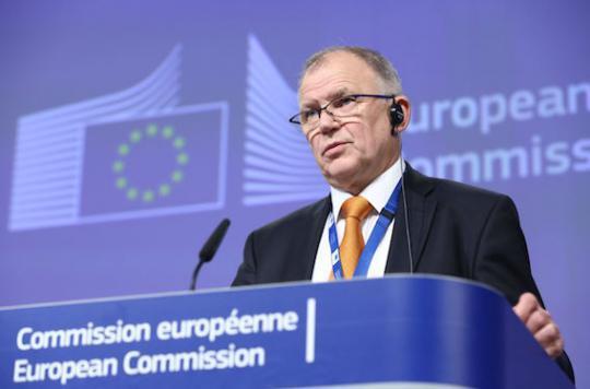 Perturbateurs endocriniens : 70 associations en colère contre Bruxelles