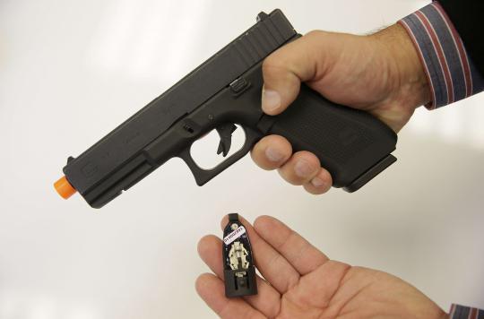 Pistolets à bille : attention aux yeux des enfants