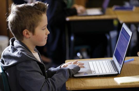 Enfants : la moitié des parents ne surveille pas l'usage du web