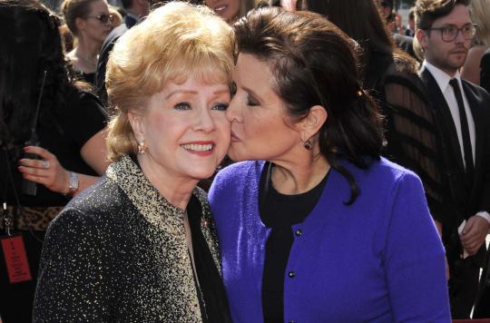 Carrie Fisher: son décès a-t-il provoqué celui de sa mère?