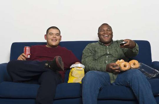 Le poids des pères influence le risque d'obésité des enfants à naître