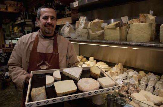 Pourquoi le fromage peut conduire à l'addiction
