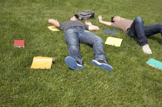 Les étudiants dorment mal et peu