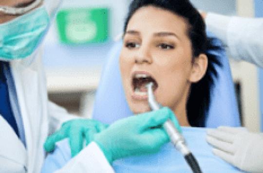 Vos gencives saignent... Alerte vous dira votre dentiste!