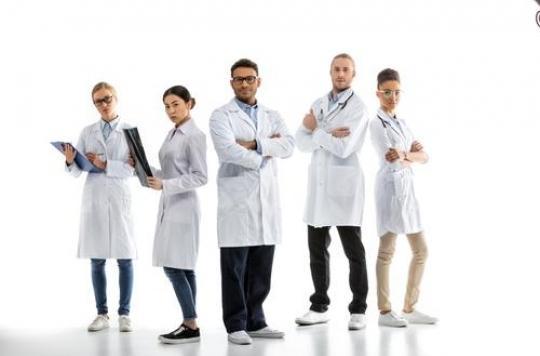 Comment réveillonnent les  médecins? Presque comme tout le monde!