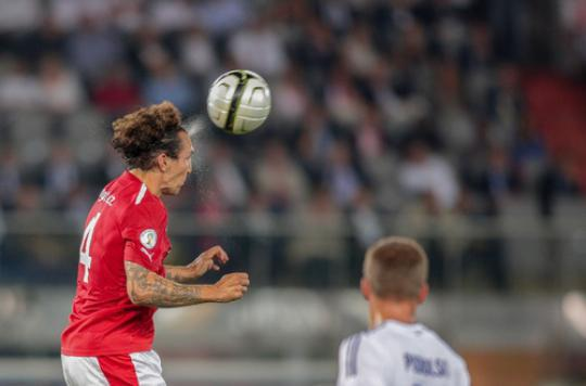 Pathologie cérébrale : la Fifa nie tout risque pour les footballeurs