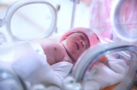 Lactalis : les bébés sont toujours malades plusieurs semaines après avoir été contaminés par le lait aux salmonelles
