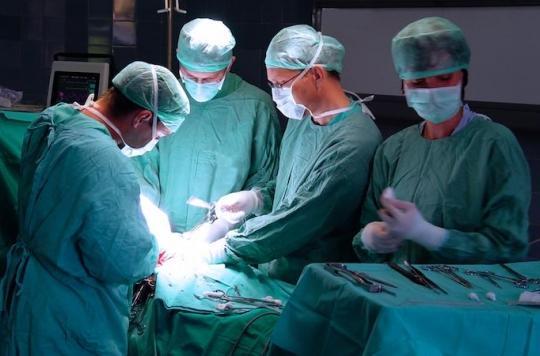 Chirurgie de l'obésité : 20 % des opérés ont des problèmes d'alcoolisme