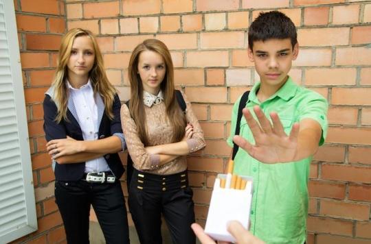 Drogues : des dispositifs pour prévenir les risques à l'école