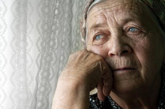 OMS : les moqueries sur les personnes âgées perturbent leur santé