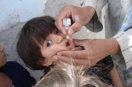 Polio : l'OMS instaure un vaccin simplifié