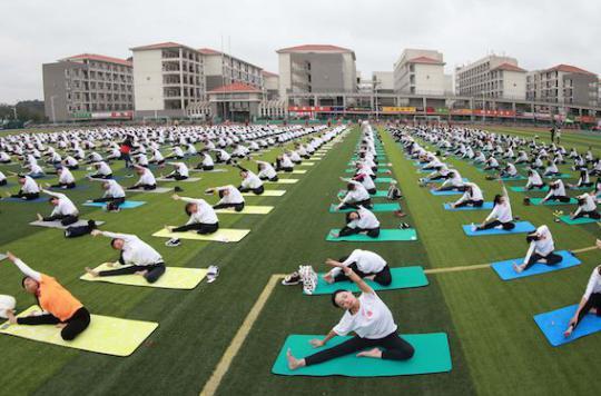 Etude NutriNet-Santé : le yoga aide à garder la ligne